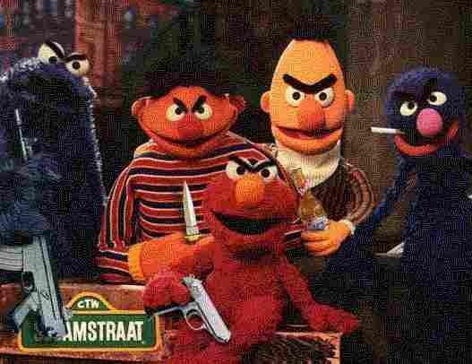 Dino Ignacio: Sesamstraße (Ernie, Bert, Krümelmonster, Grobi) / Bert is evil